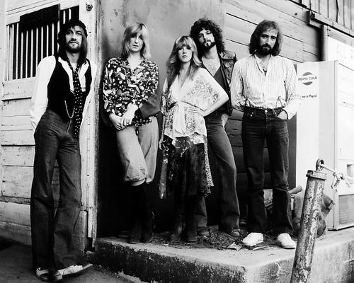 FLEETWOOD-MAC-24X36-POSTER-STEVIE-NICKS-MICK-LINDSEY-BUCKINGHAM-JOHN-MCVIE