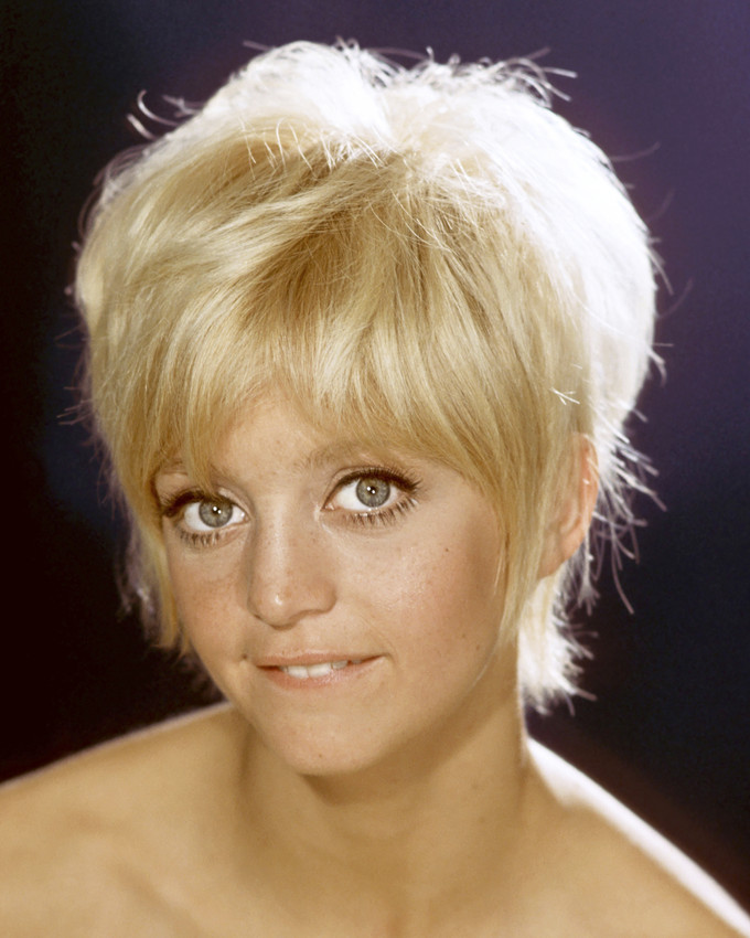 Goldie Hawn Bare Shouldered Cute Short Haircut Poster Or Photo Ebay