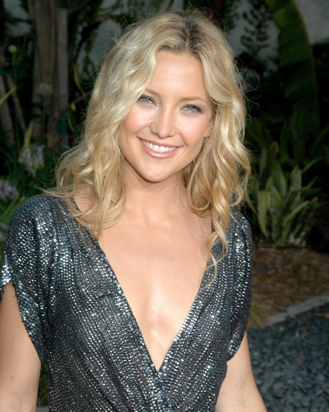 Kate Hudson Busty Smiling Color Photo Or Poster Ebay